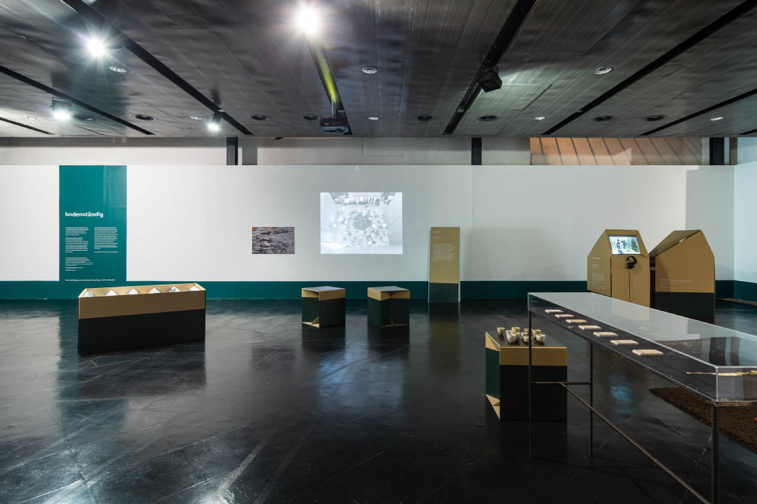 claudia berta_guggi_genger_bodenstaendig_exhibition design_03