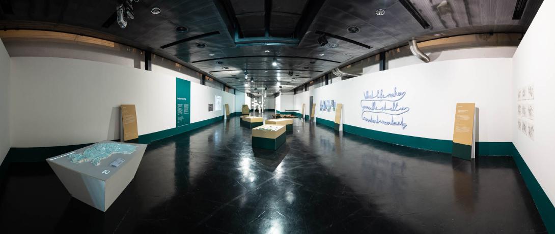claudia berta_guggi_genger_bodenstaendig_exhibition design_14